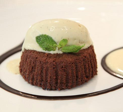 restaurant-food-dessert-gluten-free-chocolate-delite